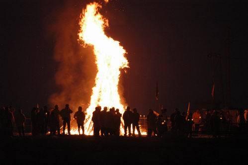 campfire-01.jpg